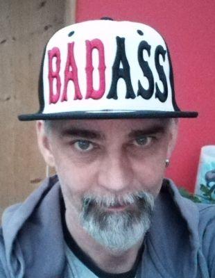 Snapback / Flat Cap von King Kerosin - Bad Ass 3D / Weiss-schwarz