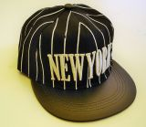 New York Snapback Cap - schwarz/weiss