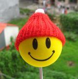 Antennenball-Smile mit Roter Wollmütze