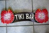 Tiki Holz Schild - Tiki Bar / Hibiskus rot