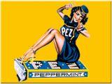 Magnet - PEZ Pinup Girl 14107