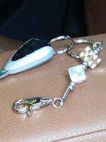 Schlüsselanhänger - Chrome Würfel mit weissen Herzen